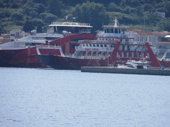 Thassos Town (Limenas), Grèce: boat