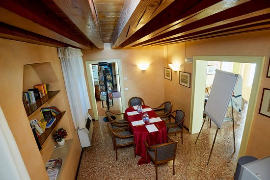 Zona Giorno / Cucina  Appartamento dei Dogi – na slici je Riviera dei Dogi Hotel, Mira - Tripadvisor