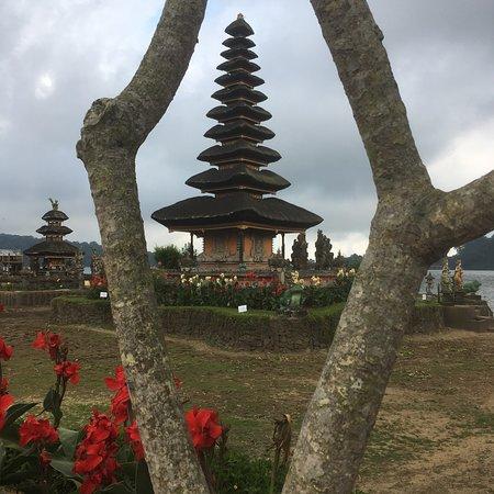 Ulun Danu Bratan Temple: photo0.jpg