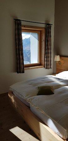 Samedan, Suiza: Zimmer und Ausblick