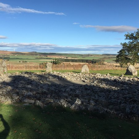 Loanhead of Daviot Stone Circle: photo0.jpg