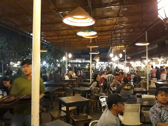 Paskal Food Market: 20181019_204434_large.jpg