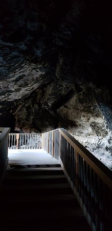 Lovelock Cave