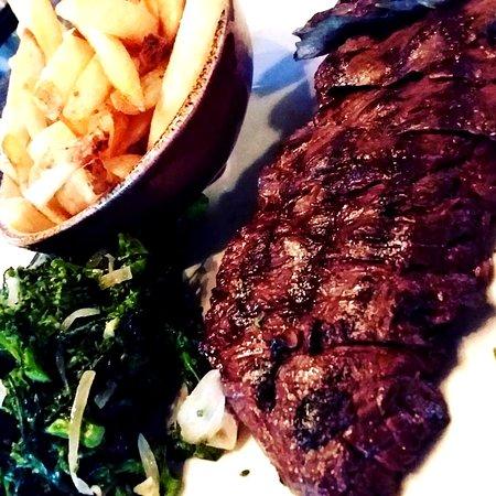 Glastonbury, CT: Skirt steak luncheon plate