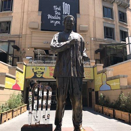 Nelson Mandela Square: photo1.jpg