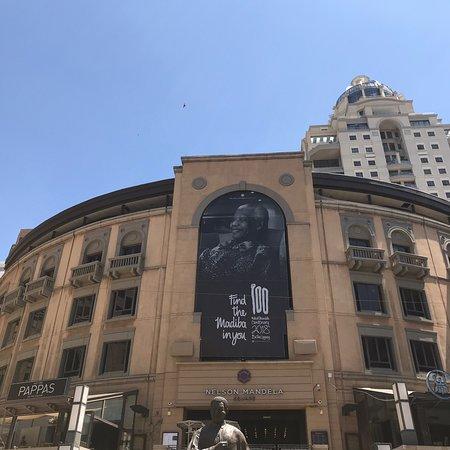 Nelson Mandela Square: photo2.jpg