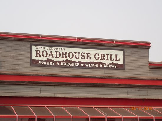 Wing Central's Roadhouse Grill: signage