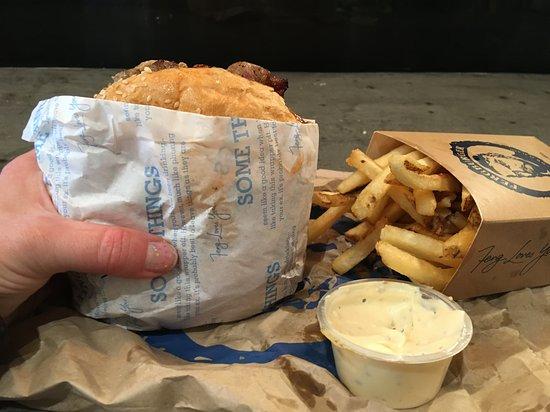 Fergburger Photo
