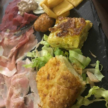 Campomorone, Włochy: Antipasto della casa..... la torta di riso è fantastica!