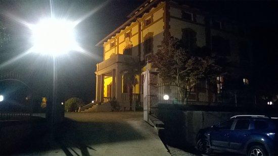 Rocca D'Arazzo Photo