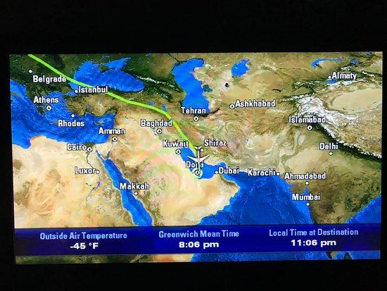 Qatar Airways: Flight path - small detour due to blockade