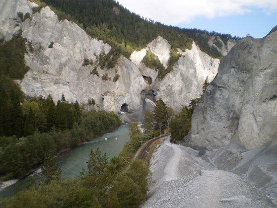 Ilanz, سويسرا: Von Ilanz nach Versam (Ruin Aulta)  