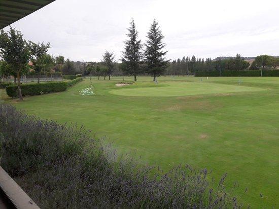 Simancas, Spain: Golf Entrepinos