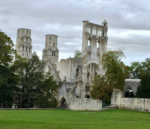 Jumieges Photo
