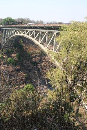 Ponte sul fiume Zambesi