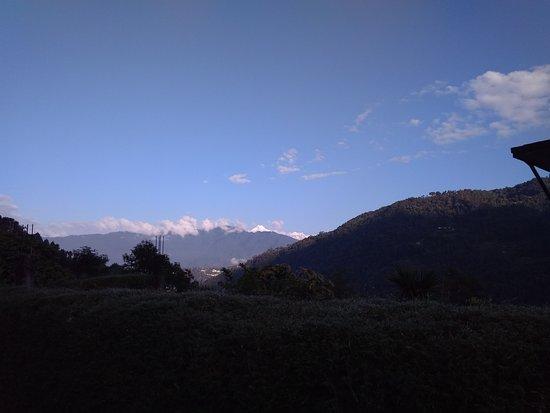 Malinggo Homestay: Glimpse of Kangchenjunga if weather permits