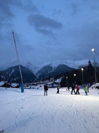 Skiline Ski Rental