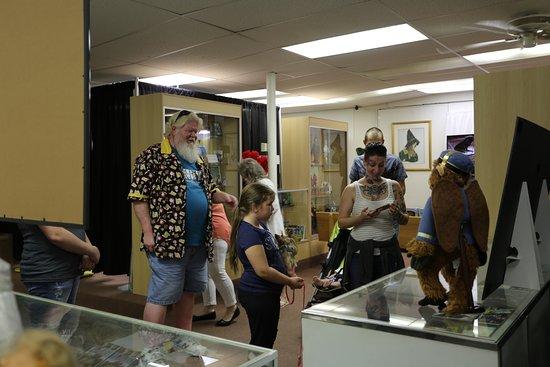 Chittenango, นิวยอร์ก: a tour at the museum