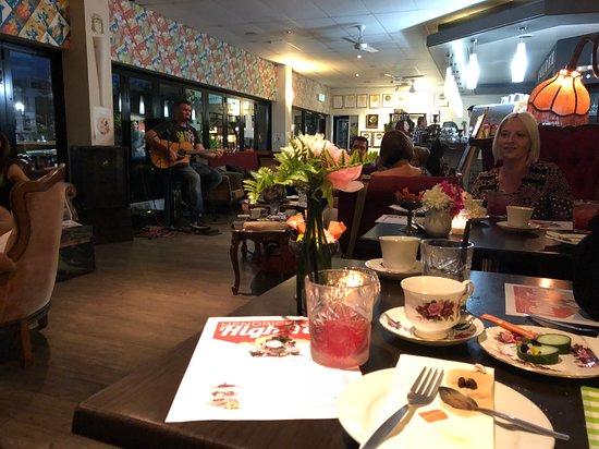 Catch22 Tapas & Cocktail Lounge: Hendricks Hi Tea