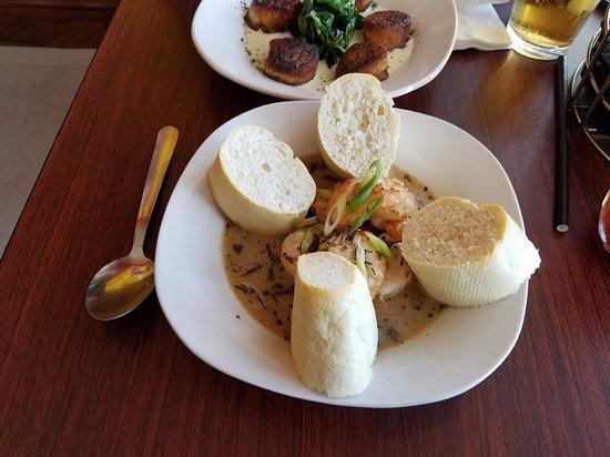 Po' Boys Creole & Fresh Catch: Bayou Shrimp