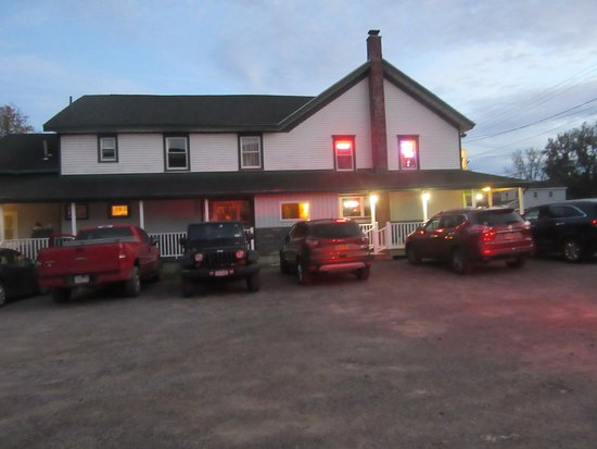 Colden, NY: Large parking area