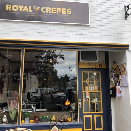 Royal Crepes Picture