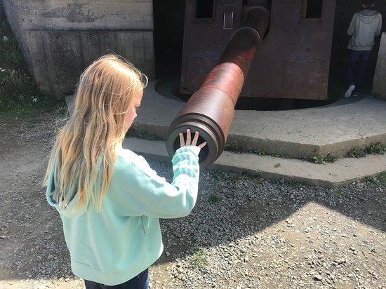 Longues-sur-Mer, ฝรั่งเศส: Size of the Gun Barrel
