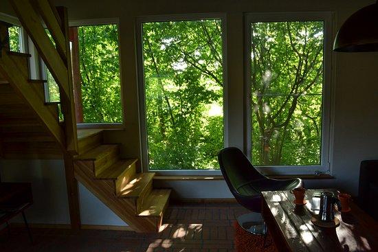 Osie, Polônia: Salon w domku nad potokiem