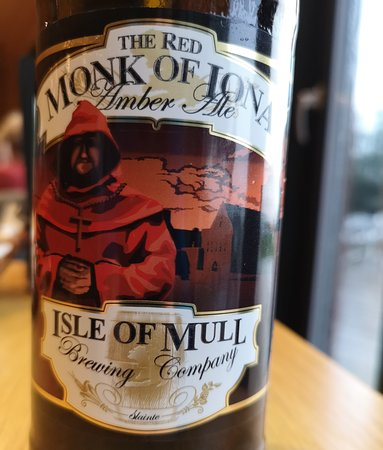 Salen, UK: Red Monk of Iona Amber Ale - NOT Brewed on Mull(!) - by 'The Isle of Mull' Brewing Co.(Front Lab