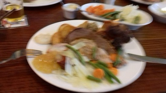 East Ayton, UK: A lovely plate of food with loads of fresh vegetables