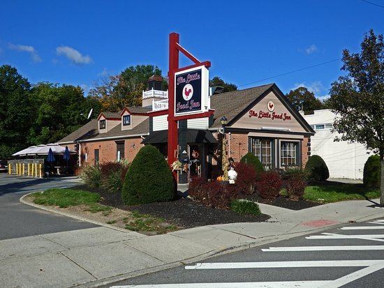 Pompton Plains, NJ: The Little Food Inn