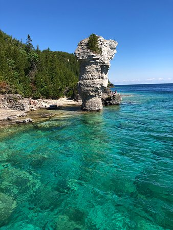 Adventure the Bruce Inn: Flowerpot island from Greaf Blue Heron cruise