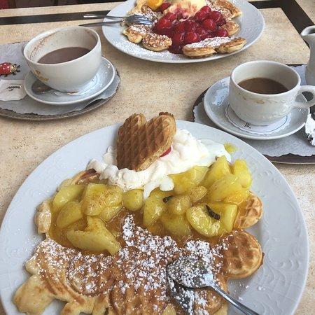 Waffelhaus, Bad Wildungen - Restaurant Bewertungen ...