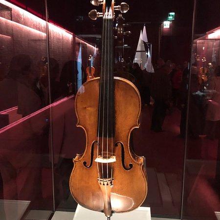 Museo del Violino: photo6.jpg