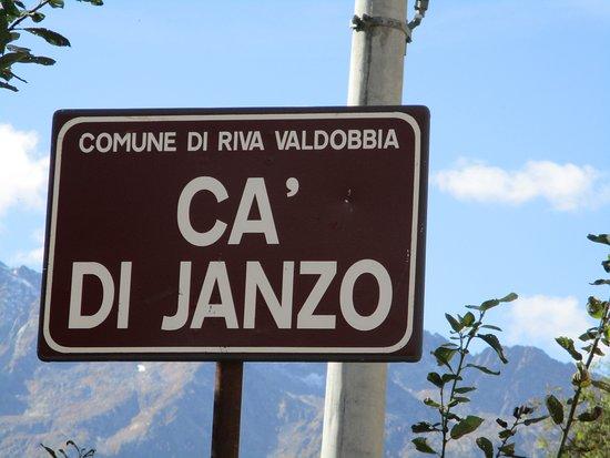 Riva Valdobbia, Italy: Val Vogna: Cartello stradale
