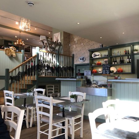 Interior - Luss Seafood Bar Picture