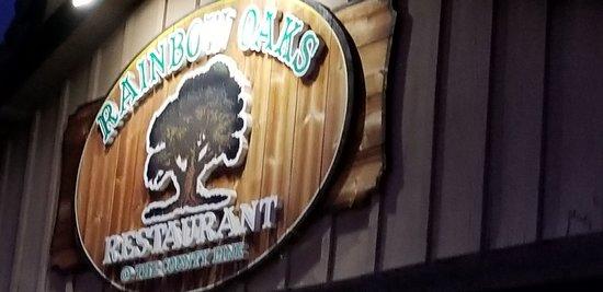 Foto de Rainbow Oaks Restaurant