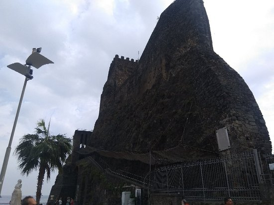 Castello Normanno: IMG_20181021_121500_large.jpg