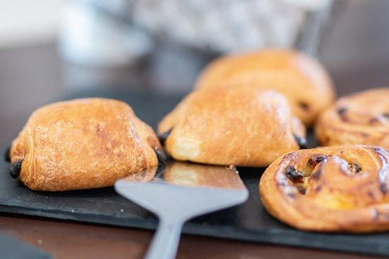 Boujan sur Libron, Francja: Détail petit-déjeuner