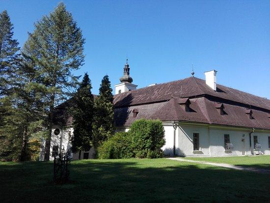 Svätý Anton, Slovensko: Kaštieľ