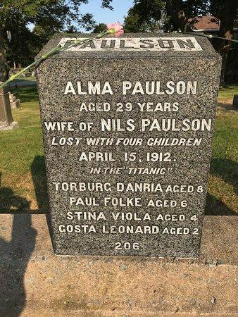 Fairview Lawn Cemetery: Simply tragic