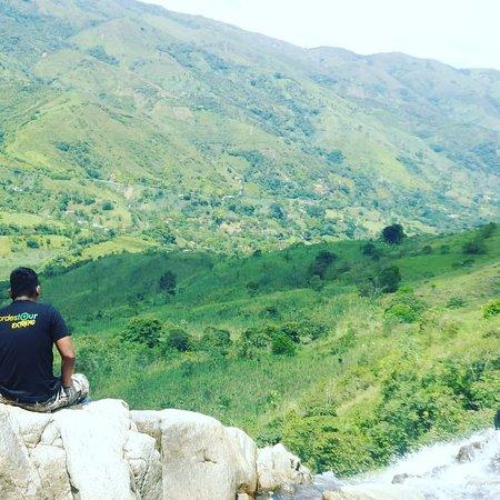 Santiago, Colombia: Panorama de Cisneros
