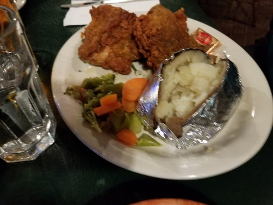 Soapy Smith's Pioneer Restaurant: Chicken dinner