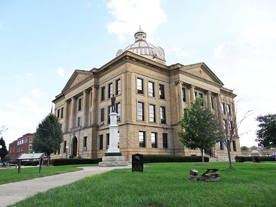Lincoln County Illinois Courthouse