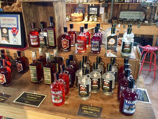 Yalaha, FL: Lots of product