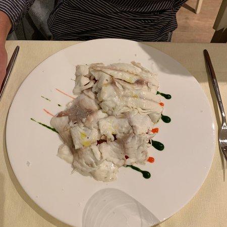 Amuse-bouche, primi piatti (pasta), secondi piatti and desserts.