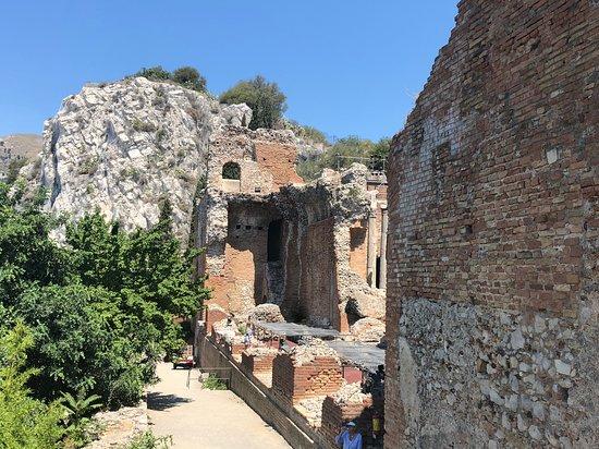 Teatro Antico di Taormina: beautiful ruins