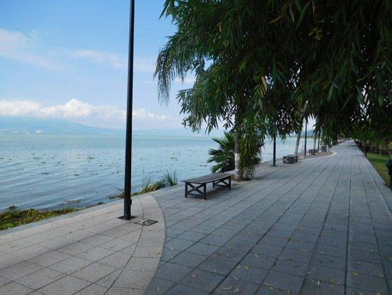 An October morning 2018, Ajijic Malecon, Lake Chapala