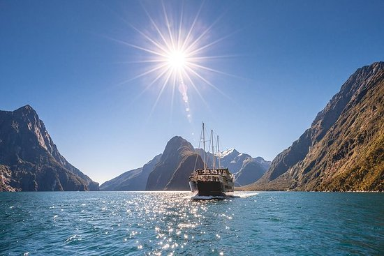 Milford Sound Full-Day Tour from...