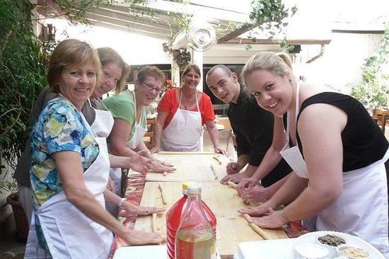 タオルミーナのシチリア料理教室とマーケットツアー